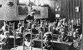 Telramen op de bank in de klas Counting-frames in classroom.jpg