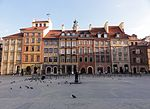 The Old Town market square of Warsaw (8121510499).jpg