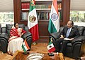 The President, Smt. Pratibha Devisingh Patil called on the President of Mexico Mr. Felipe Calderon Hinojosa, at the Los Pinos in Mexico on April 17, 2008.jpg