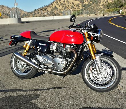 Diablo Red 2016 Triumph Thruxton R at Monticello Dam in California ThruxtonR.jpg