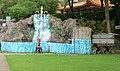 Tiger Balm Gardens 2012 11 090168 (9310242520).jpg