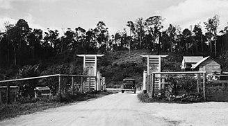 Gillies Highway - Top gate, circa 1935
