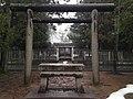 Torii in front of Tomb of Maeda Toshinaga in Takaoka, Toyama.JPG