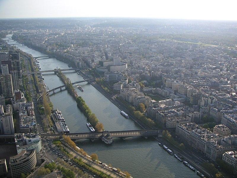 Soubor:Tour Eiffel (Radio France).JPG