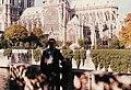 Tourist in Paris Quai de Montebello 2005 (1).jpg