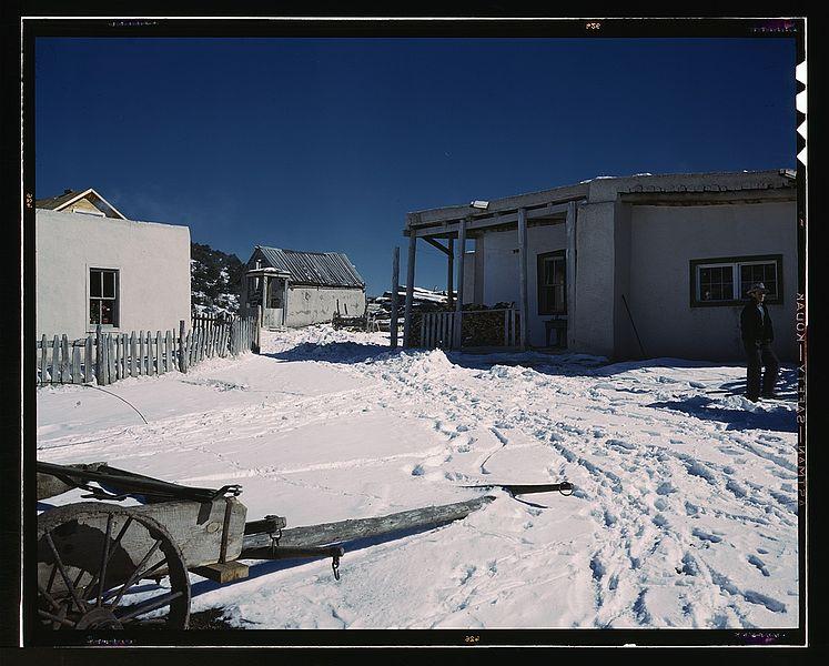 File:Trampas, New Mexico1a34459v.jpg