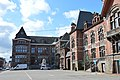 Trazegnies - Groupe civique - aile avec hôtel de police actuel.JPG