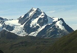 Aiguille de Tré la Tête - View of the Aiguille de Tré la Tête