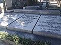 Tumba de Francisco Giner de los Ríos y otros miembros de la Institución Libre de Enseñanza, cementerio civil de Madrid.jpg