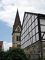 Turm der Neustadtkirche St. Johannes Baptist in Warburg 03.jpg