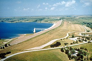 English: Wilson Dam and Wilson Lake on the Sal...