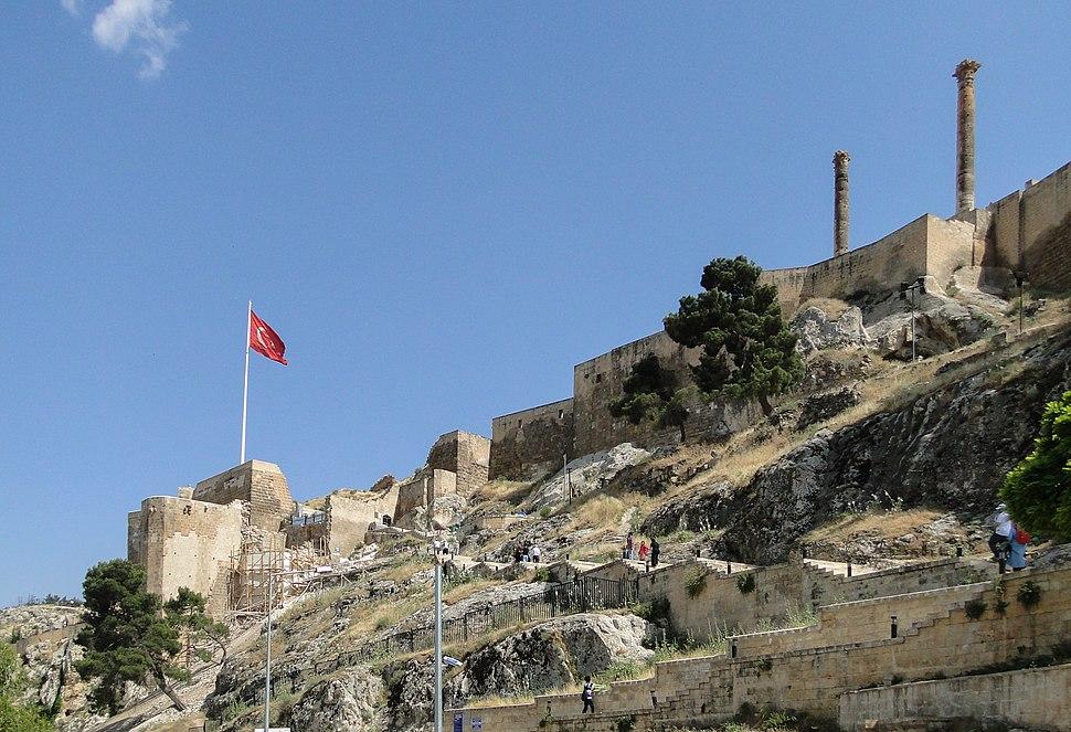 Urfa Castle 01