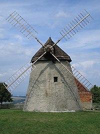 Větrný mlýn v Kuželově.JPG