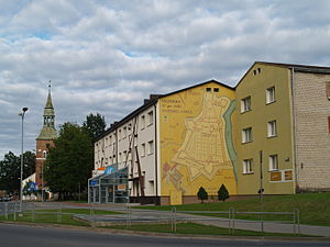 Valmiera - Town centre with St. Simon's Church behind