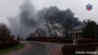 File:Veel schade bij brand in Beneden-Leeuwen.webm