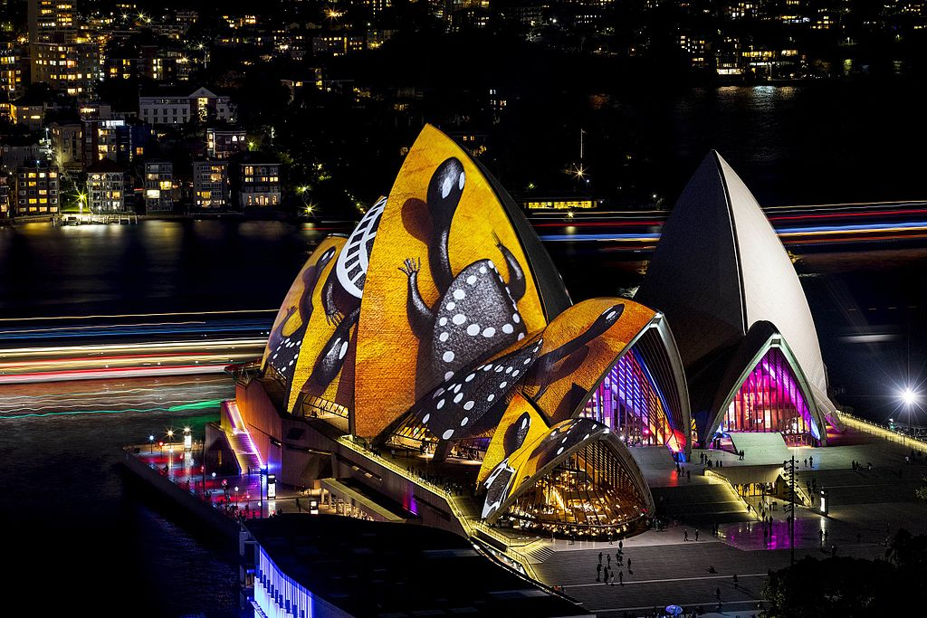 Vivid Sydney 2016 Sydney Opera House Songlines CREDIT Destination NSW JH 002