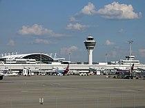 Vorfeld Terminal 1 I.JPG