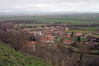 Montpensier, Puy-de-Dôme Commune in Auvergne-Rhône-Alpes, France
