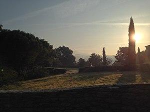 Le Barroux Abbey - Image: Vue de l'abbaye depuis l'extérieur