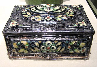 Decorative box - Elizabeth E Copeland (1866–1957) covered Box, circa 1915 metalwork, silver and cloisonné, Los Angeles County Museum of Art