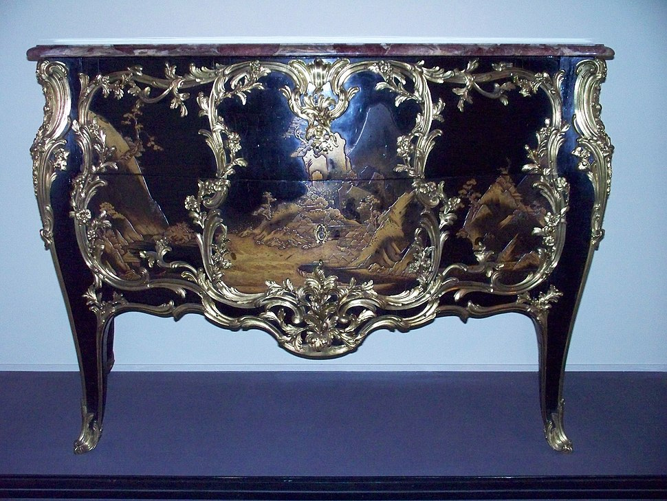 WLA vanda French Commode in Japanese lacquer