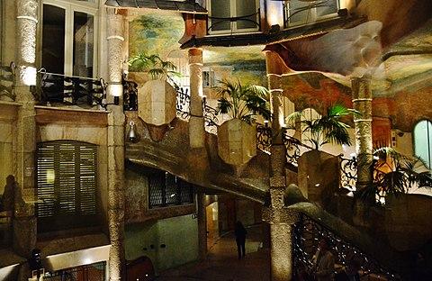 WLMES Escala interior de La Pedrera Barcelona MARIA ROSA FERRE