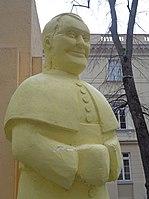 Warszawa-Monument of Poland installation art (bishop).jpg