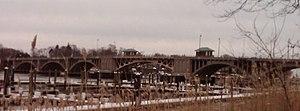 Washington Bridge (Connecticut) - The Washington Bridge from the Stratford shoreline.