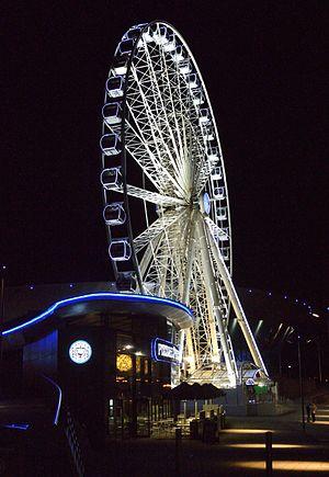Wheel of Liverpool - 75,000 LED lights illuminate the Wheel of Liverpool at night