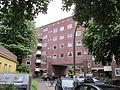Wohnblock östlich des Habichtsplatzes in Hamburg-Barmbek-Nord 5.jpg