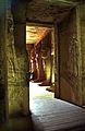 Ägypten 1999 (103) Assuan- Im Großen Tempel von Abu Simbel (27123655260).jpg