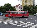 Řepy, Bílý Beránek, odbočující autobus.jpg