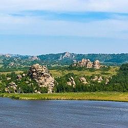 Берег Колыванского озера, Змеиногорский район, Алтайский край.jpg