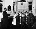 Мариинская школа глухонемых. Обучение разговорной речи в младшем классе.jpg