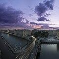 Мост Ломоносова и площадь Ломоносова на закате.jpg
