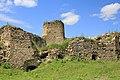 Сидорівський замок руїни башти.jpg