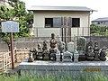 伝梶原氏一族郎党(七士)の墓.jpg