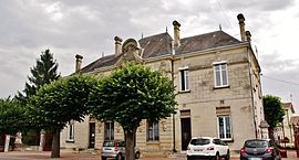 The town hall in Vignonet