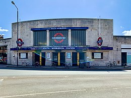 02 South Wimbledon station front.jpg