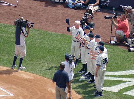 f8f6df00 Members of the 1950 New York Yankees being honored at the 2010 Old Timers'  Day