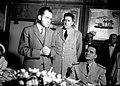 1958. Mayo. Visita de Richard Nixon, vicepresidente de EEUU, a Venezuela. A su izquierda, un personaje sin identificar, y Wolfgang Larrazábal, presidente de la Junta de Gobierno.jpg