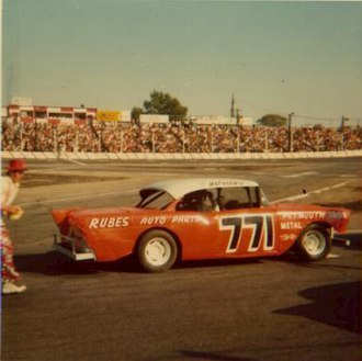 Islip Speedway - Image: 1974Richard Simmons 771