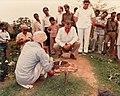 1982. Abril. Visita a la India como Presidente de la Unión Interparlamentaria Mundial.jpg