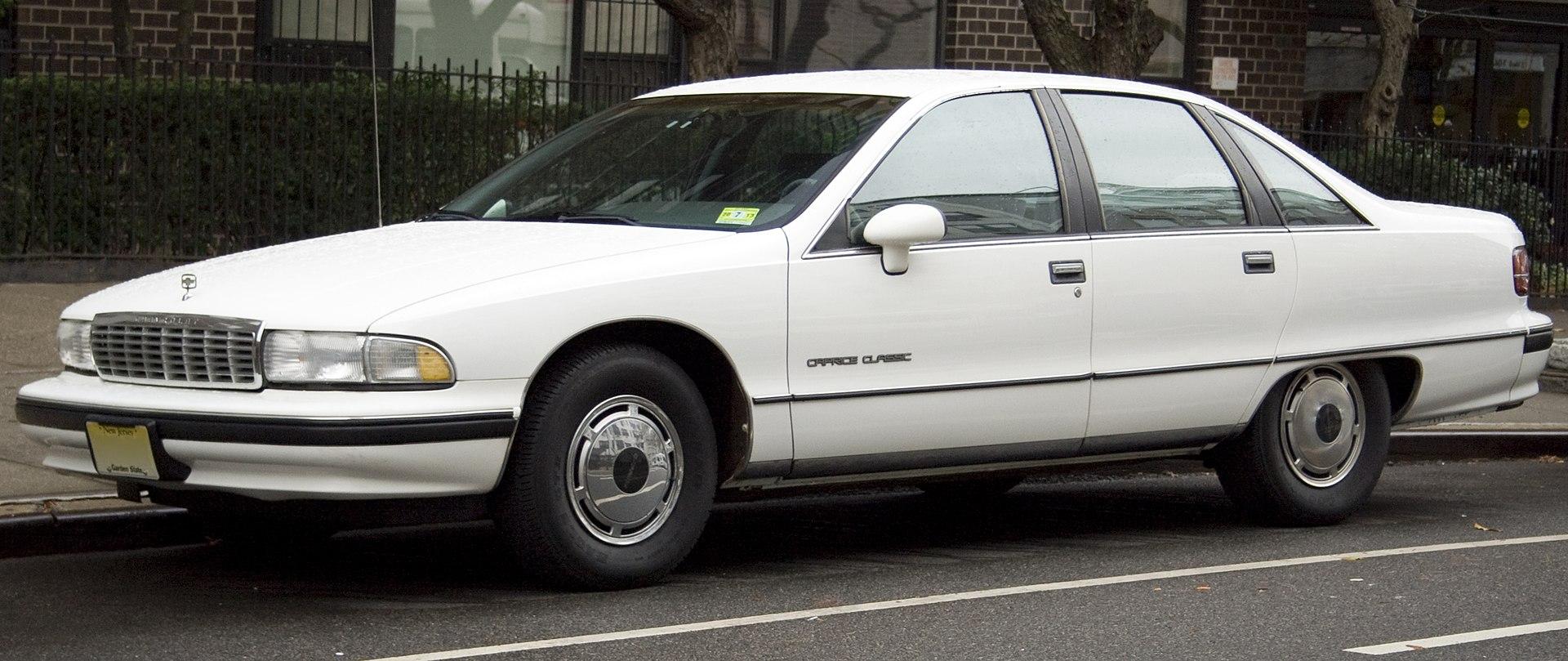 1920px-1991_Chevrolet_Caprice_Classic.jpg