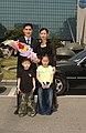 2005년 4월 29일 서울특별시 소방공무원 김성문 및 가족.jpg
