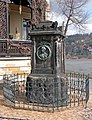 20060411040DR Dresden-Laubegast Denkmal Caroline Neuber.jpg