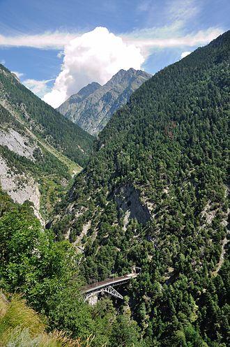 Lötschberg railway line - The Bietschtal valley and bridge (southern approach)