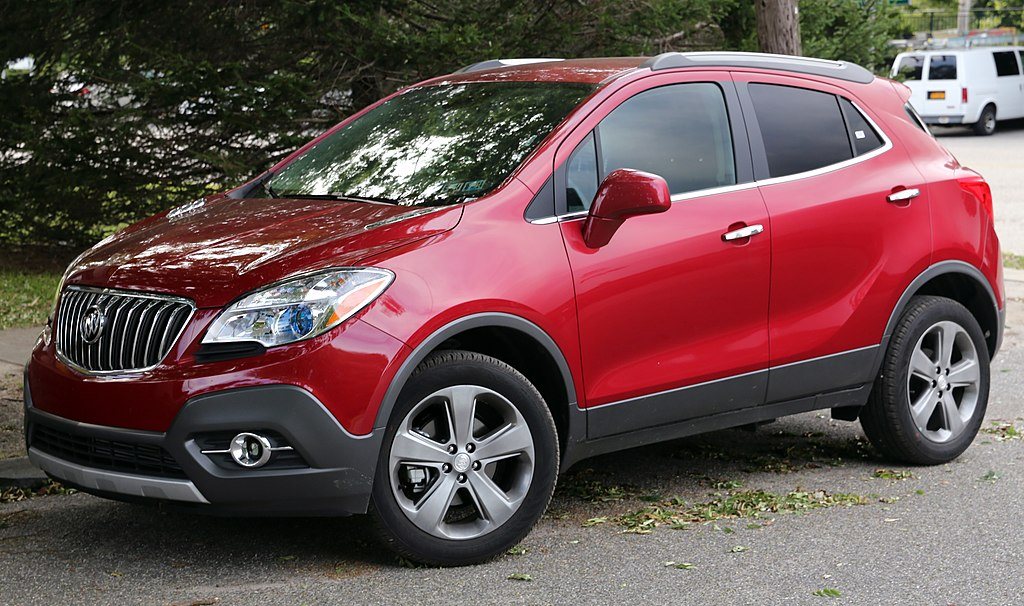 file 2013 buick encore dk red front wikimedia commons. Black Bedroom Furniture Sets. Home Design Ideas