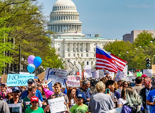 2017.04.15 -TaxMarch Washington, DC USA 02397 (33930452091).jpg
