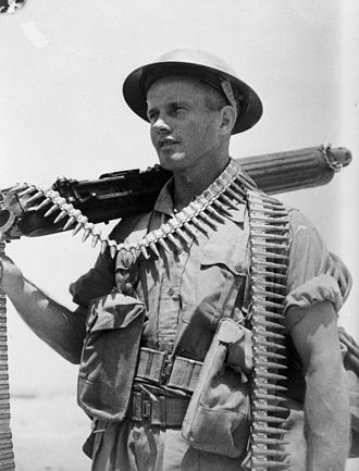 24th Battalion (New Zealand) - 24th Battalion soldier Jim Dempsey with a Vickers machine gun at Helwan